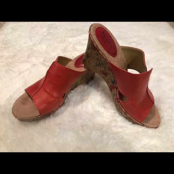 B.o.c. Born Concepts Floral Red Sandals Size 9